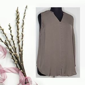 Torrid HARPER - TAUPE GAUZE BUTTON-FRONT TUNIC Size 2